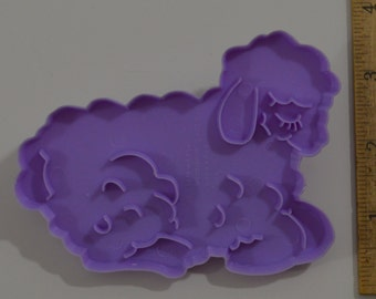 "WILTON EASTER LAMB Cookie Cutter | 1978 3 1/8"" x 4 3/8"" Lavender"