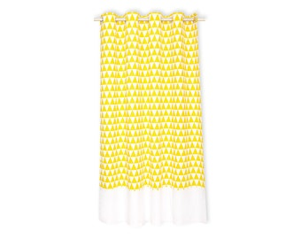 KraftKids curtains - yellow triangles and white