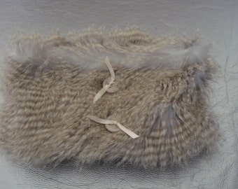 Neck hair long beige