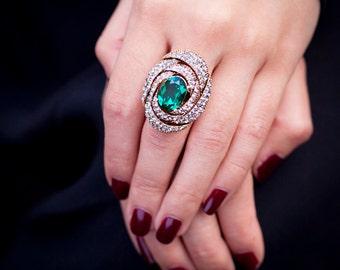 Elegant Emerald Ring