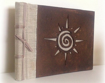 Wooden Sun Celtic notebook carvado