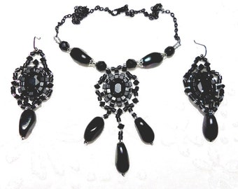 Adornment baroque couture embroidery black glass beads