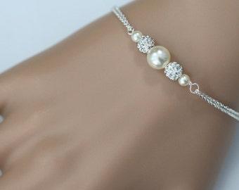 Swarovski Ivory Pearl Bridesmaid Bracelet, Personalized Bridesmaid Bracelet, Wedding Bracelet, Bridesmaid Gift, Maid of Honor Gift