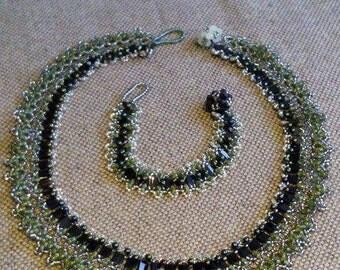 Bracelet + chain green tones