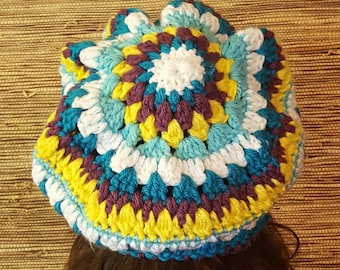Slouchy Beanie in purple, white and yellow