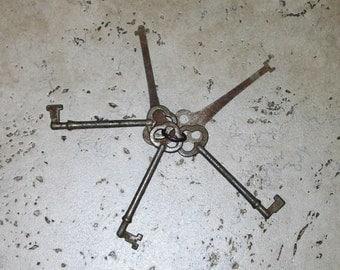 Antique Keys Set of Five Antique Keys Skeleton Keys