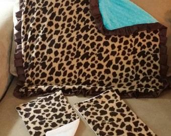 Animal print minky blanket with burp cloths