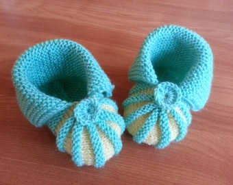 Knit Baby boots, knitted boots, knit Baby booties,baby shoes , knitted baby shoes, handmade