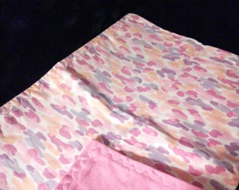 Burp cloth - pink camo