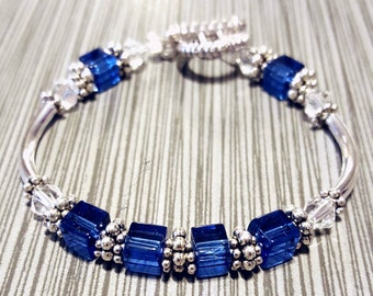 Beautiful Mother's Day Blue Cube  Bracelet