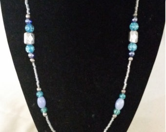 "10"" Blue beaded necklace with Silver accents"