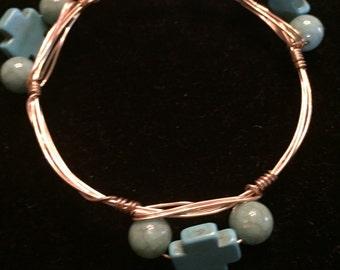 Mini cross wired bracelet