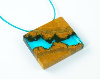 Wood and Resin pendant, Resin jewelry, Wood and resin, Blue resin, Wood pendant, Wood jewelry