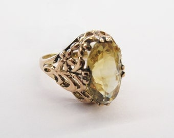 Vintage Citrine and Gold ring