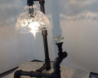 Black Pipe Cristal Accent Lamp