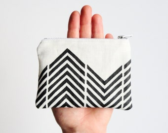 Handprinted coin purse geometric print white linen zipper pouch