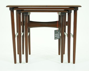 306-012 Danish Mid Century Modern Rosewood Nesting Stacking Side Tables
