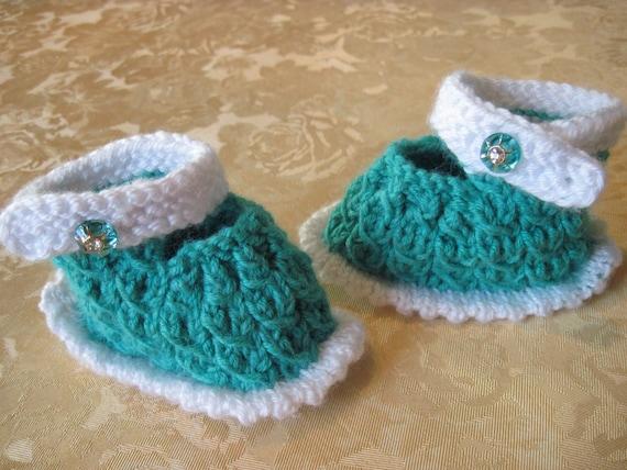 Baby booties Slippers booties Baptism gift Newborn booties Wool booties Baby shower gift Newborn baby gift Hand knit Wool slippers Gift baby