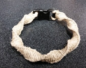 Spiral hemp bracelet with plastic buckle