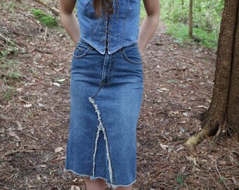 Frayed Edges Midi Denim Skirt