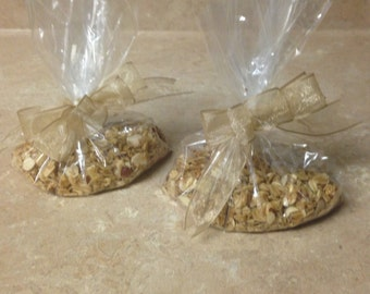 10 Fresh Granola Wedding or Party Favors