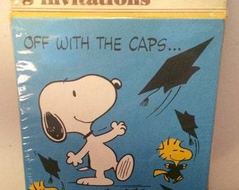 Hallmark Peanuts Snoopy package of 8 invitations