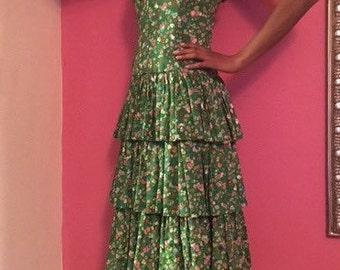 Beautiful floral  ruffle dress!