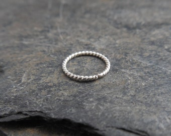 Twisted nose ring. Sterling silver (0.925) twisted wire. 20 gauge, Made at your size, ear ringlip ring, piercing.