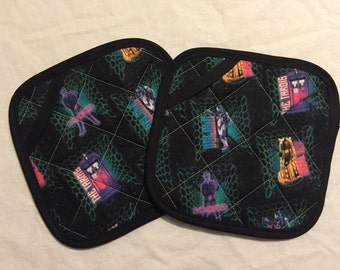 Doctor Who Icons Pot Holders - set of two