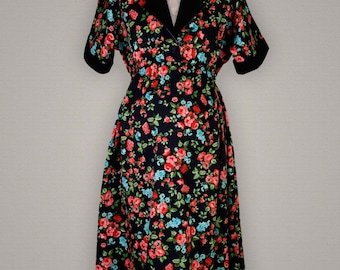 Campbell/Crafts 1950s Maternity floral shirt dress
