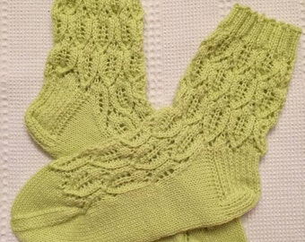 EUR Size 40-41 / US 10 / UK 8 / HandknittedWarm Wool Socks, Lime Green, Lace Knit