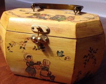Vintage decoupage box purse