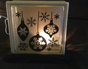 Holiday block light with base