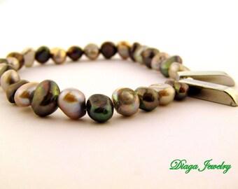 Pearls and Hematite Charm Bracelet