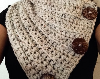 3 button crochet cowl