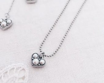 Silver heart pearl charm necklace