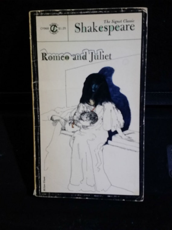 Romeo and Juliet (Shakespeare, Signet Classic) Mass Market Paperback – October 1, 1964