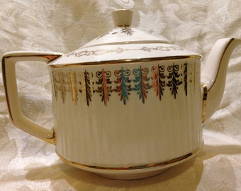 Sadler Staffordshire Tea Pot Ivory with Gold Filigree
