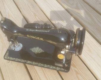 Singer sewing machine no.66-16  electric motor