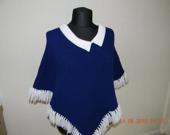 Handmade knitted poncho with tassells