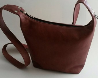 Learn brown red shoulder bag