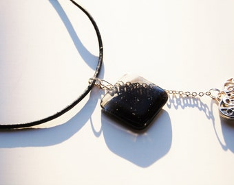 Light at heart necklace (black and clear)