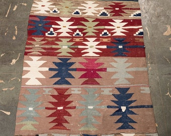 Kilim Rug, 30 Years Old Turkish Kilim, FREE SHIPPING! Decorative Kilim, Vintage home decor, Area kilim, hand made kilim, wool kilim rug