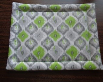Lime Green and Gray Hot Mat