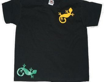 T-Shirt with Gecko Lizard logos
