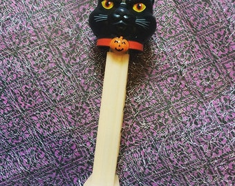 Black Cat PEZ (Glows in the dark!)