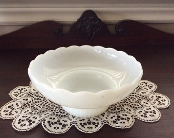 Vintage Milk glass serving bowl by E.O Brody Co. Model M2000 made in Usa Cleveland O.
