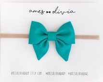 Teal mini sailor bow, sailor bow, baby bows, baby bow headband, bow clips, mini sailor bow, teal baby bow, nylon headband, CCU Bow