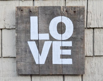 LOVE sign, Rustic Wood Sign, Rustic LOVE Sign, Pallet Sign, Love Decor, Love Wood Sign, Ready to Ship
