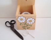 Mothers Day gift, String dispenser, twine box, Daisy marguerite, garden twine dispenser, reclaimed cedar string box, wooden string twine box